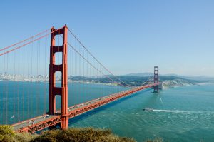 the red san fransisco bridge