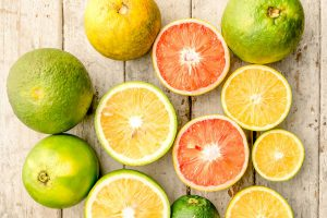 different kinds of citrus fruits